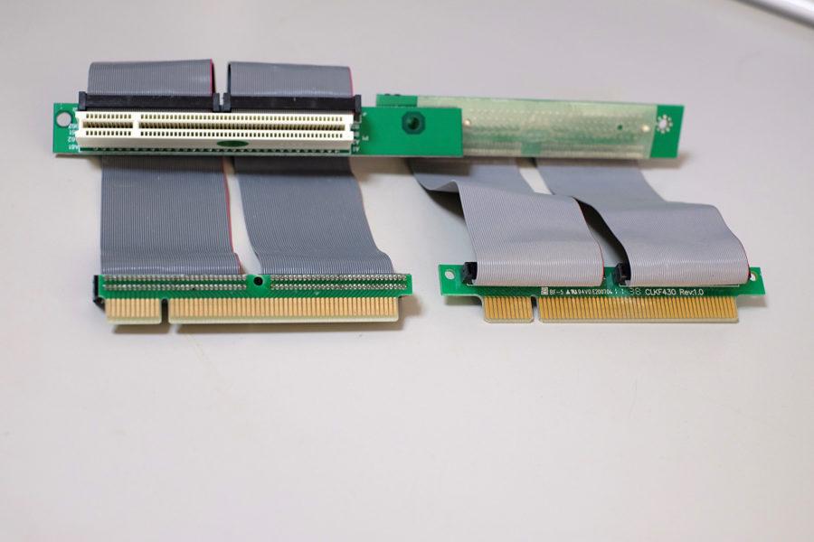 2種類のPCI延長ケーブル